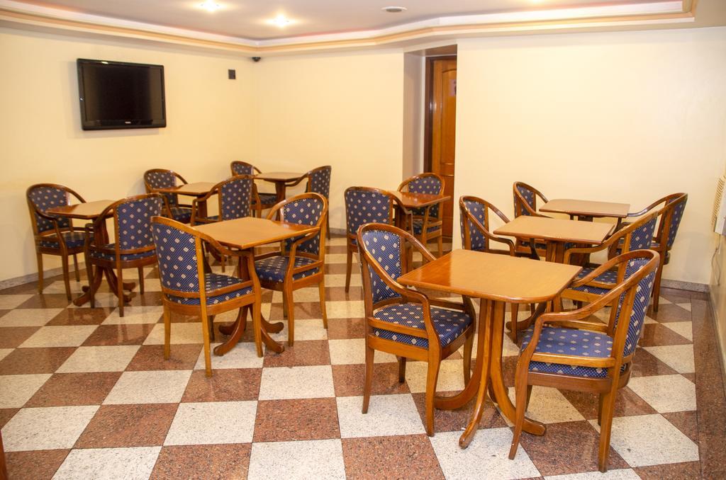 Sala de espera Hotel Sheik